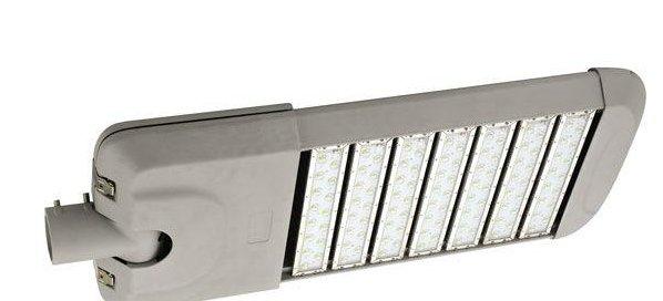 premium led das richtige licht strassenbeleuchtung. Black Bedroom Furniture Sets. Home Design Ideas